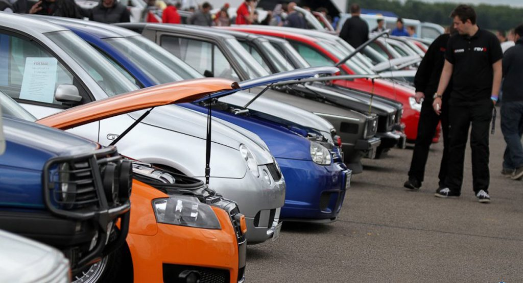Huge Car Club Displays