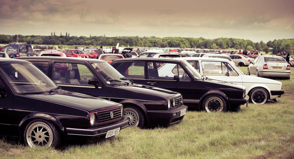 Huge Car Club Displays